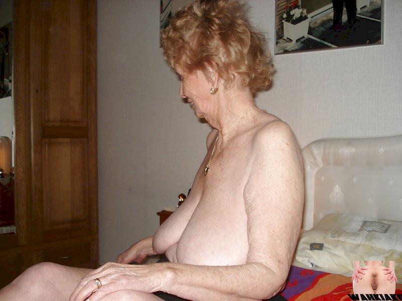 Granny fotze
