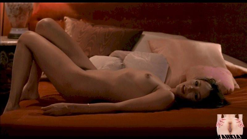 Nackt barbara carrera Nudity in